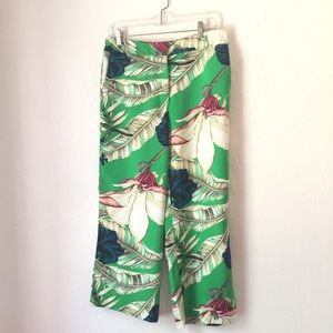 ANN TAYLOR FACTORY crop tropical green pants Size6